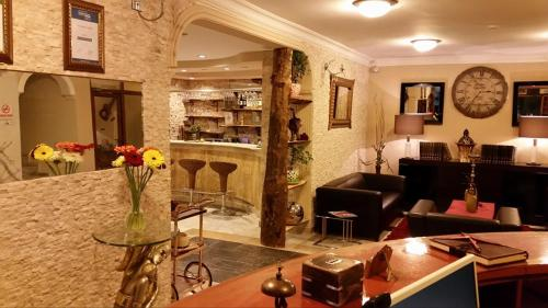 Antalya Beyaz Melek Hotel rezervasyon