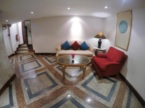 City Lodge Soi 9 Hotel photo 22