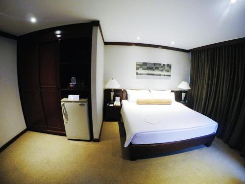 City Lodge Soi 9 Hotel photo 25
