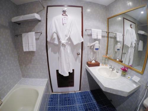 City Lodge Soi 9 Hotel photo 37