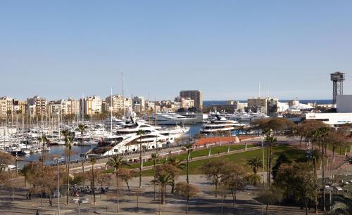 Duquesa Suites Barcelona photo 41