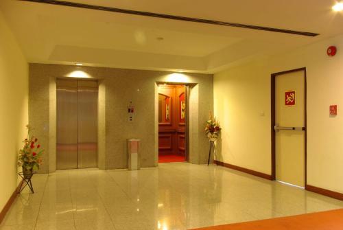 Pratunam Park Hotel photo 3