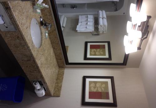 Country Inn & Suites by Radisson, Calgary-Airport, AB - Hotel - Calgary