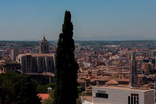 Onze de Setembre, 1, 17007 Girona, Spain.