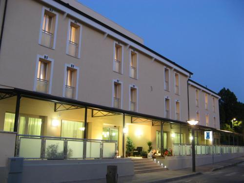 Hotel Fontanelle - Fratta Terme