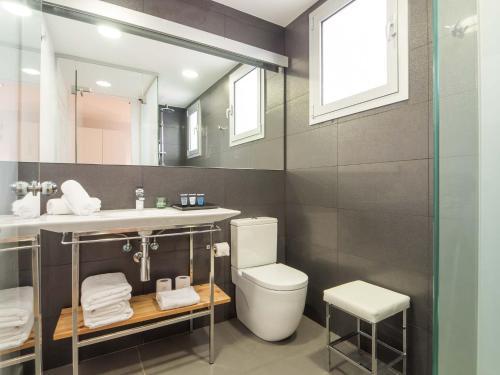 Rent Top Apartments Rambla Catalunya photo 16