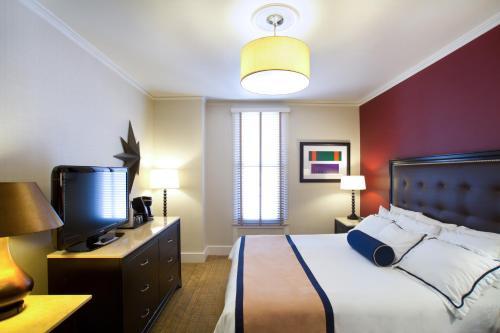 Marines' Memorial Club & Hotel Union Square Номер с кроватью размера «queen-size»