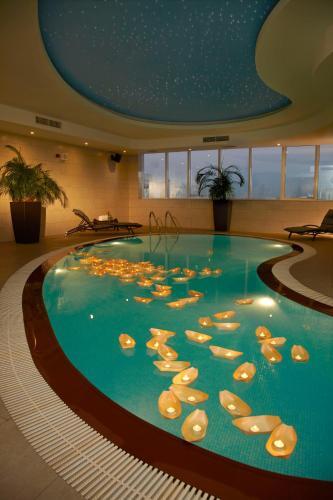 Cristal Hotel Abu Dhabi photo 13
