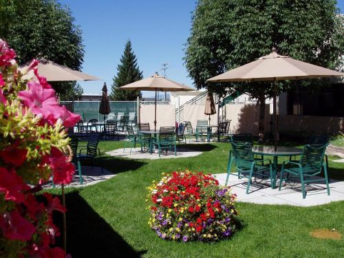 Broadway Inn Conference Center - Missoula, MT 59808