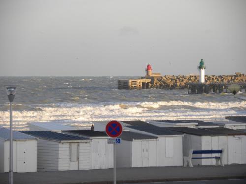 Hotel De La Plage – Calais 2