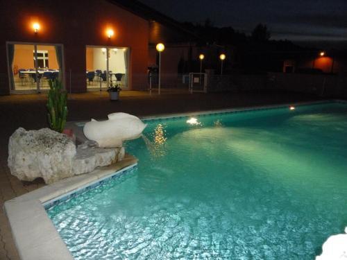 __{offers.Best_flights}__ Hôtel d'Occitanie