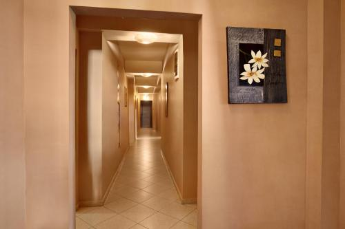 Family Hotel Marsina - Photo 7 of 17