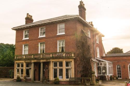 Aylestone Court Hotel, Hereford