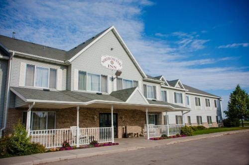 Фото отеля North Country Inn & Suite