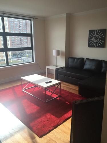 Caprice Suites - Jersey City, NJ 07306