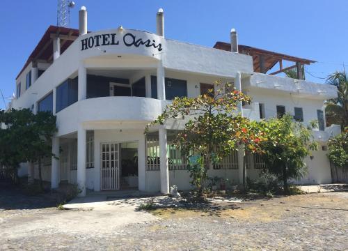 . Hotel Oasis Cuyutlan By Rotamundos