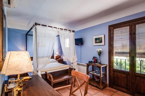 Double or Twin Room Hotel La Garapa 12