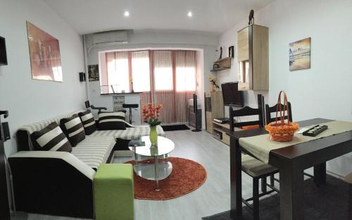 Apartment Evrohostelmoc 1