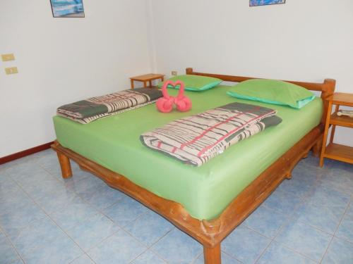 MG Guesthouse room photos