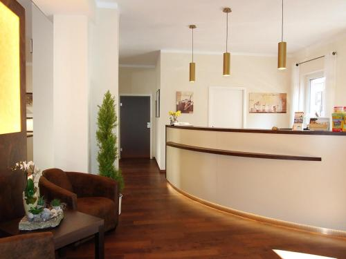 . Altstadthotel Goldene Kugel
