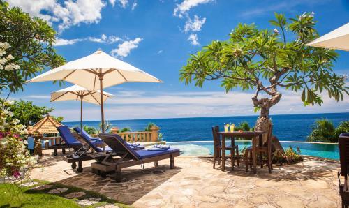 Blue Moon Villas Resort Bali