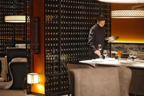 Tangla Hotel Brussels photo 7