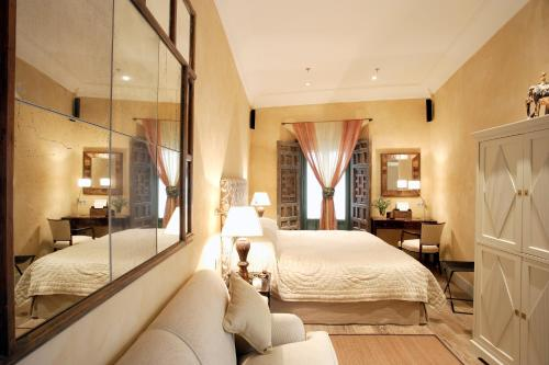 Suite Junior Hotel Boutique Corral del Rey 45