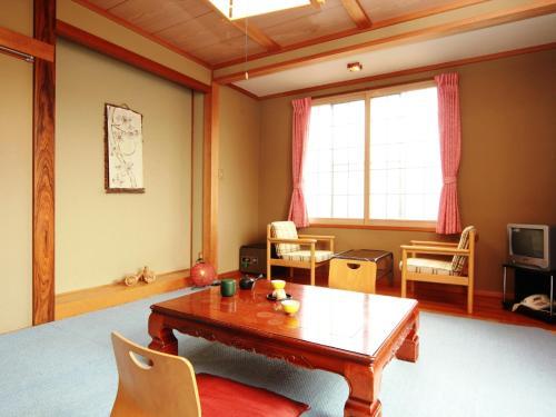 Hatoguruma Kawabata - Accommodation - Nozawa Onsen