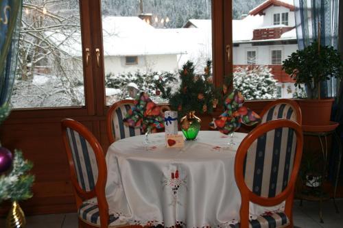 Haus bei der Linden Ferienwohnungen photo 29