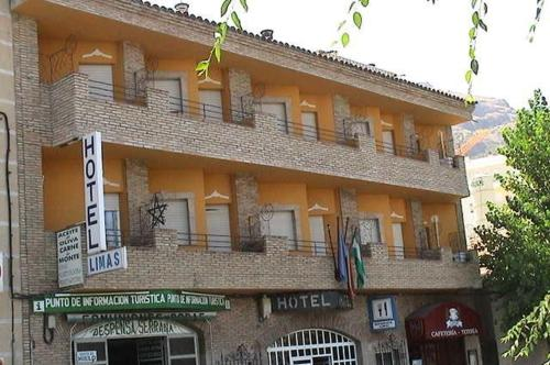 More about Hotel Limas