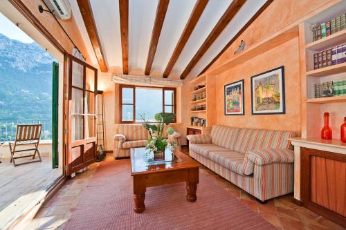 Suite Ático con vistas al mar Hotel Des Puig 13
