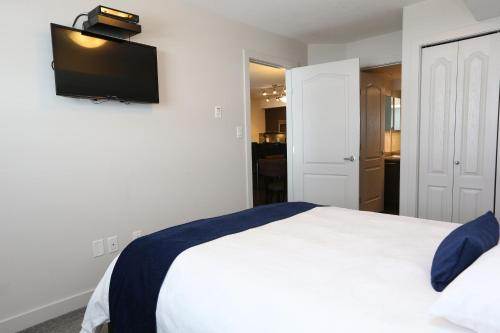 East Village Suites Hotel - Fort McMurray, AB T9K 0Z3