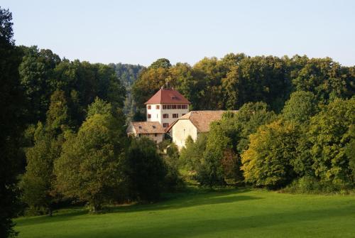 Accommodation in Oberlarg