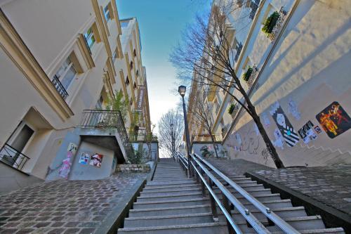 Caulaincourt Montmartre by Hiphophostels photo 4
