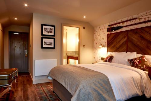 The Boathouse Inn & Riverside Rooms picture 1 of 30