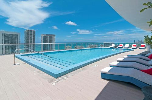 Private Condos At Beachwalk By Sofla Vacations - Hollywood, FL 33009