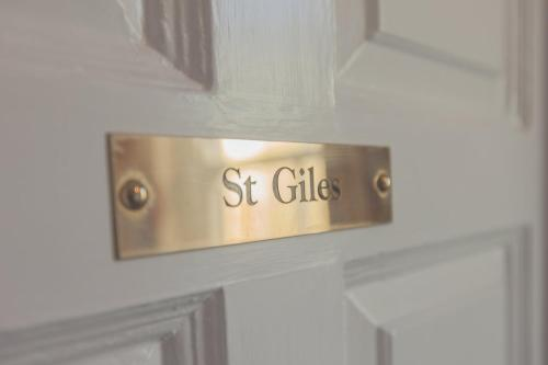 38 St Giles picture 1 of 41