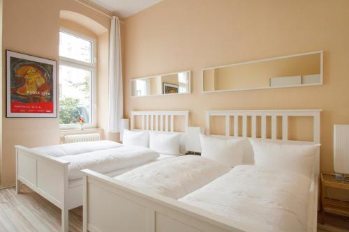 primeflats - Apartments in Wedding photo 2