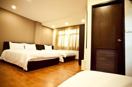 Khaosan Park Resort photo 17