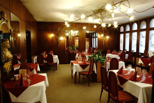 Benczur Hotel photo 29