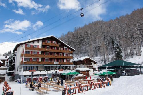 Hotel-overnachting met je hond in Hotel THE LARIX ski-in ski-out - Saas-Fee