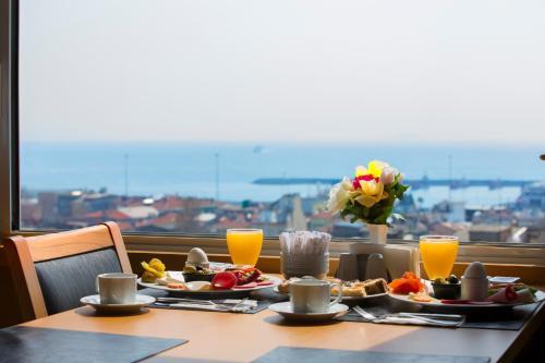 Istanbul Ilkbal Deluxe Hotel Istanbul telefon