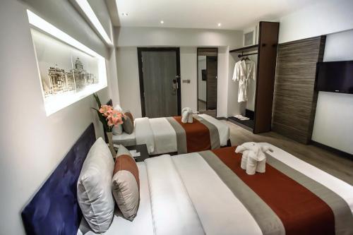 Nouvo City Hotel photo 26