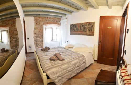 Bed & Breakfast La Torre Bergamo House
