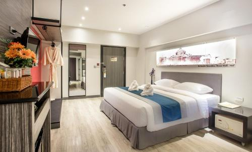 Nouvo City Hotel photo 31