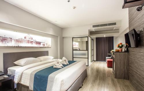 Nouvo City Hotel photo 36