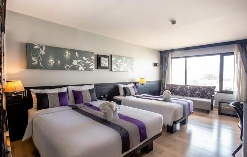 Nouvo City Hotel photo 42