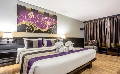 Nouvo City Hotel photo 44