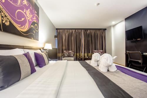 Nouvo City Hotel photo 47