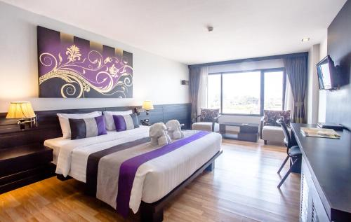Nouvo City Hotel photo 49
